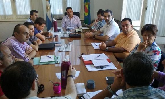 Conferencia de prensa de los funcionarios Mabel Unsain y Andrés Fernández
