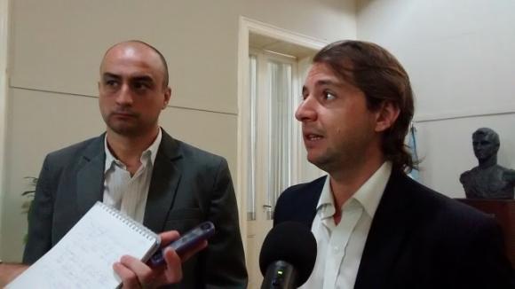 Conferencia de prensa de los funcionarios, Mariano Cámera y Darío Ciminelli