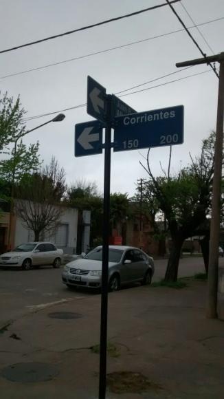 Corrientes entre Alberdi y Zapiola: mano única