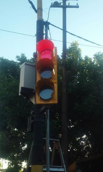 Seguridad vial: colocación de semáforos
