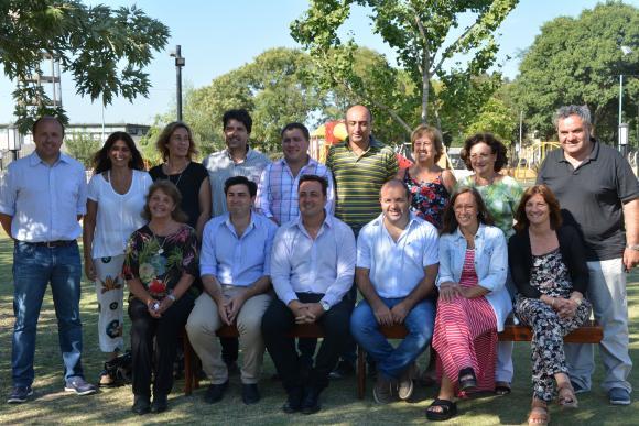 Reunión de gabinete con concejales y consejeros en el Parque Temático