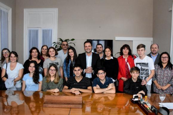 Educación: estudiantes secundarios en la simulación del Grupo de los 20