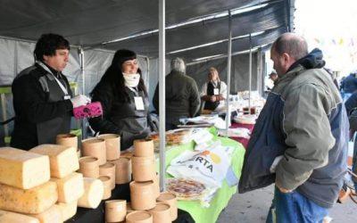 Multitudinaria jornada en El Pasaje que reunió a productores y vecinos