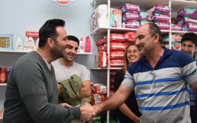 Sábado de más gestión: Aiola continúa recorriendo los barrios de Chacabuco