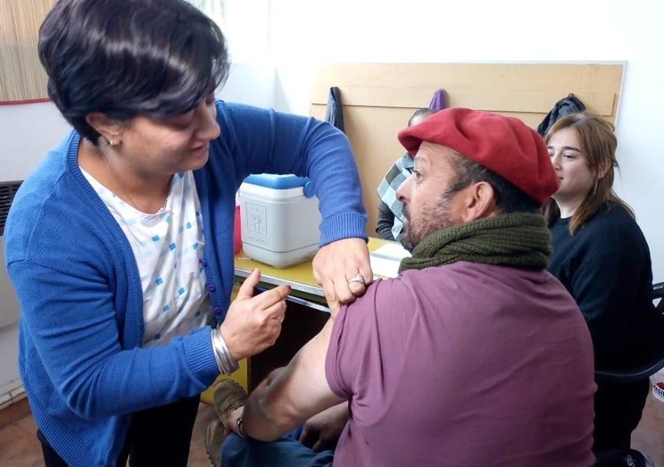 Servicios Públicos y Salud: vacunación