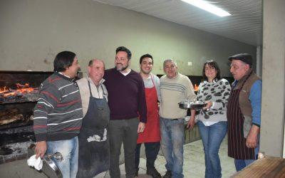 El intendente Aiola, presente en la cena de los fomentistas