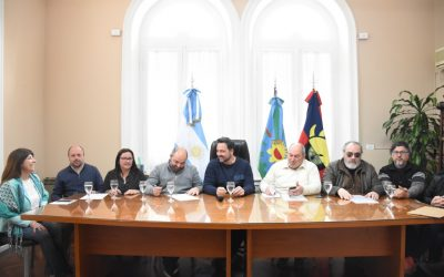 Mesa Salarial: hubo acuerdo entre el Ejecutivo y los gremios
