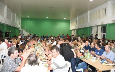 El intendente estuvo presente en la cena a beneficio del Hogar Máximo Gil