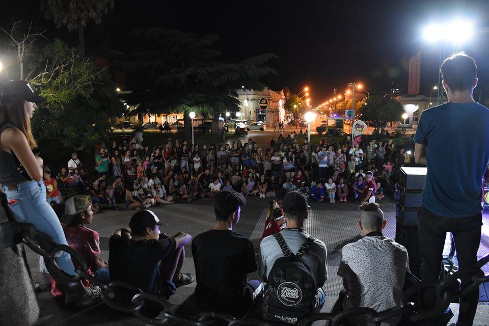 Plaza San Martín, punto de encuentro de los jóvenes
