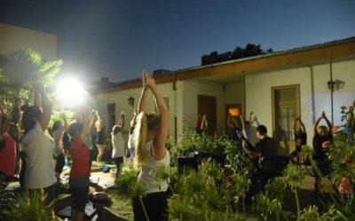 Práctica de Yoga con música en vivo
