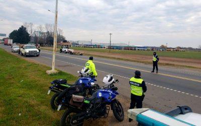 Seguridad: Operativos de Policía Vial en intersección de Rutas 7 y 30