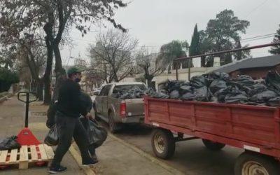 En el día de ayer se entregaron más de mil bolsones de alimentos