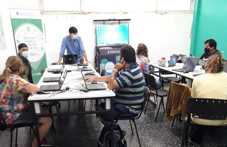 Capacitación en Herramientas Digitales para Videoconferencias