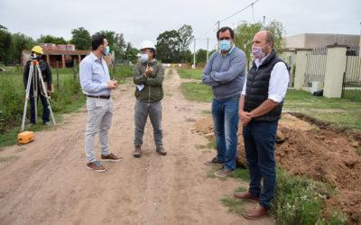 Comenzó la ampliación de la red cloacal para 30 aceras de Chacabuco