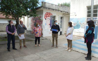 Aiola visitó instituciones educativas de Castilla