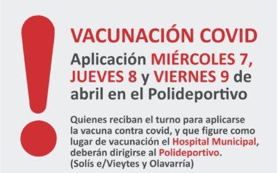 Vacunación el el Polideportivo Municipal