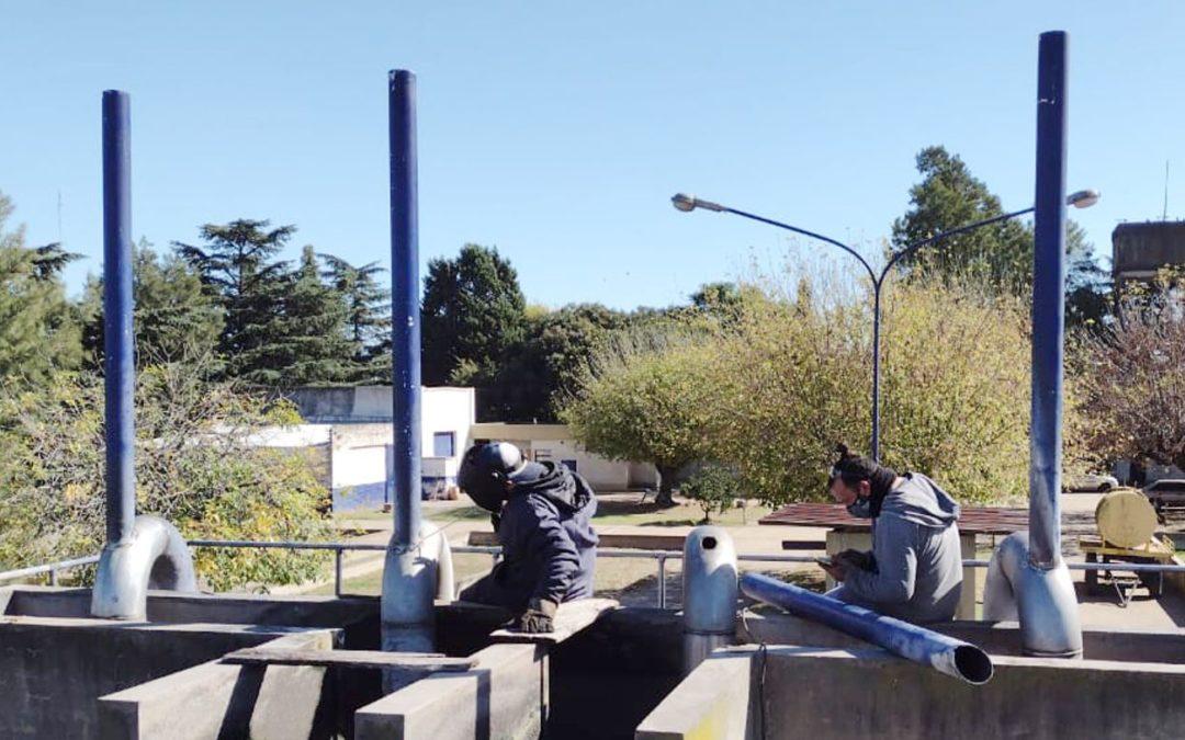 Reparación, mantenimiento y cambio de cañerías en la Planta Depuradora Este