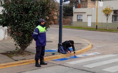 Señalización horizontal inclusiva en sendas peatonales