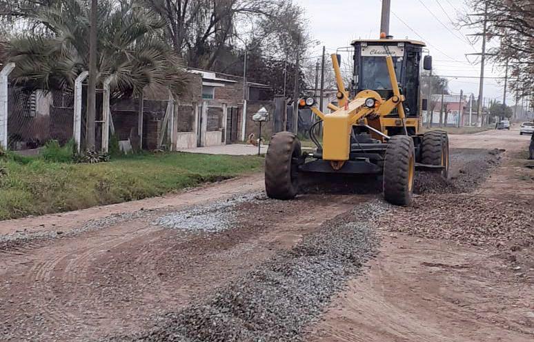 Plan de mejorado de calles con piedras, tercera etapa en marcha