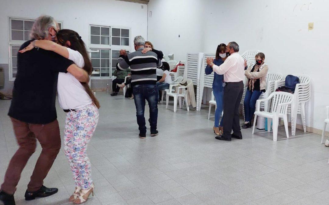 Adultos Mayores: Primer reencuentro con el programa Aire de Tango