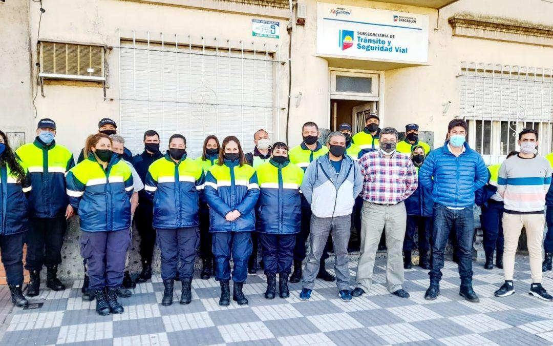 Entregaron uniformes a agentes de Tránsito y Seguridad Vial